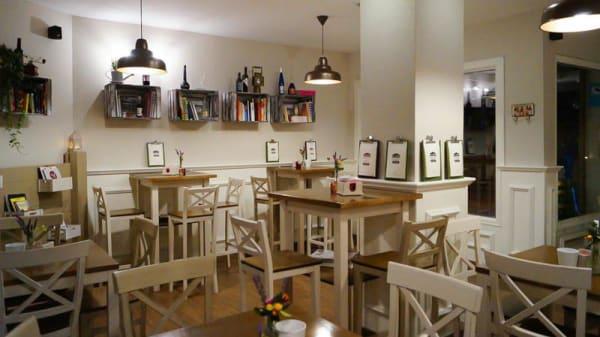 Vista sala - Lola Gastroespacio, La Zubia