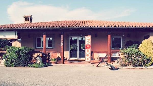 Esterno - Pequod, Fiumicino
