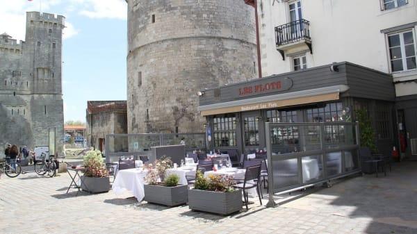 Terrasse - Les Flots, La Rochelle