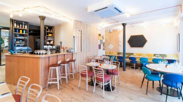 Salle - Two Eat Work Café, Paris