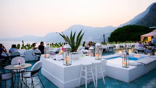 La terrazza - Voce e Notte, Praiano
