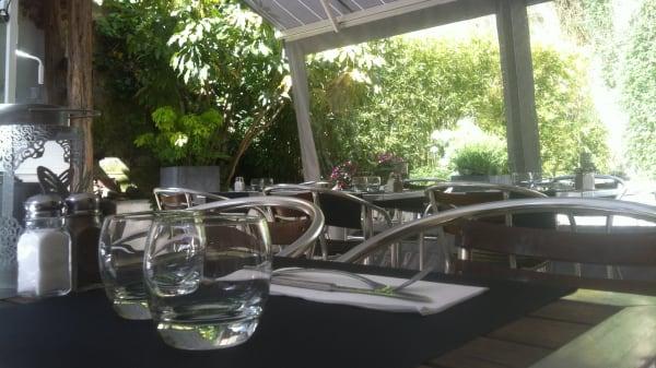 Détail de la table - L'Ardoise, Marly-le-Roi