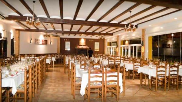 Vista de la sala - Restaurante  Benavent, Faro