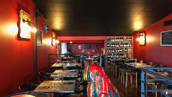 Vue de la salle Restaurant en Mezzanine - Wheels' N' Curl, Le Haillan