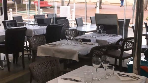 Salle du restaurant - Le Confidentiel Arcachon, Arcachon