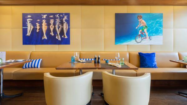 La Paix Blue (Bar de la Paix), Lausanne