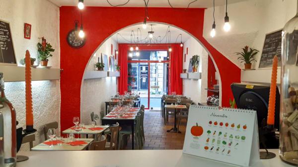 Vue de l'intérieur - Au Chaperon Rouge, Bordeaux