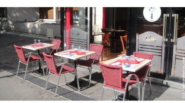 Zoom sur la terrasse - Le Taillebourg, Paris