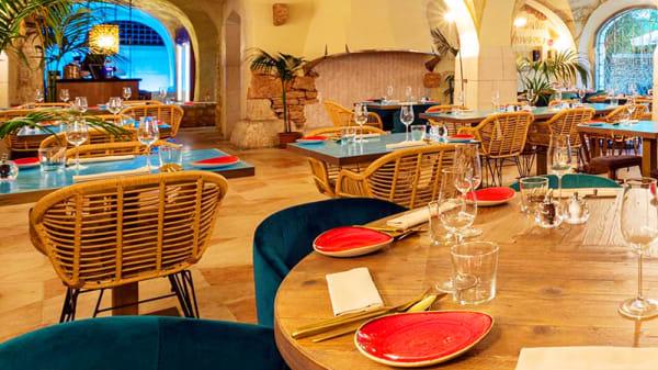 Vista della sala - ITKO wine-bar & restaurant, Ambrogio Di Valpolicella
