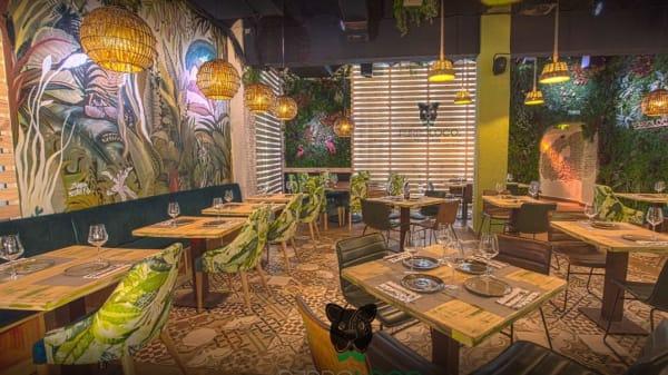 Sala del restaurante - Perroloco FoodxBar, Málaga