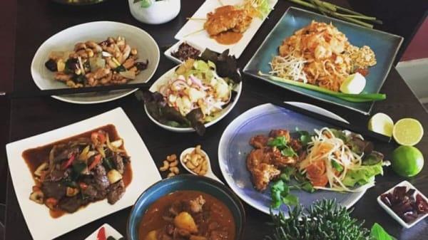 Silk and spice - Silk and Spice Thai Restaurant, Torrensville (SA)