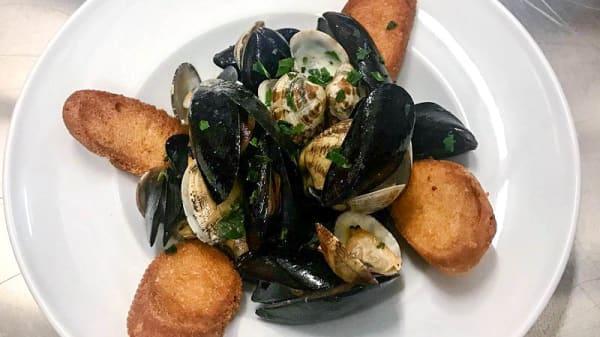 Suggerimento dello chef - Giampà Beach Restaurant - Lido Trampolino, Bari