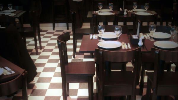 salon - Almacén de Pizzas (Palermo Hollywood), Buenos Aires