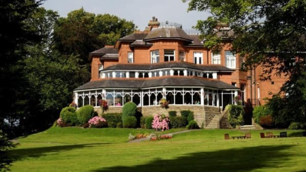 Restaurant - Laureate Restaurant at Macdonald Kilhey Court Hotel, Wigan
