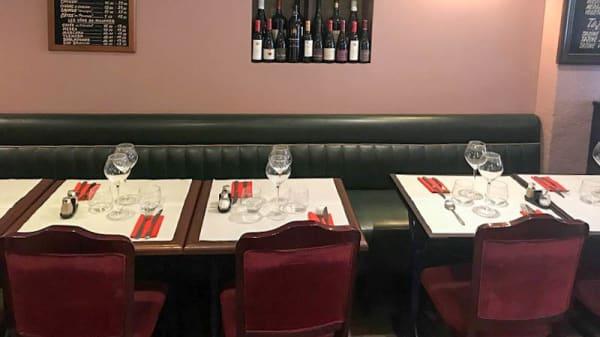 Vue de la salle - Mère Michèle Restaurant, Paris