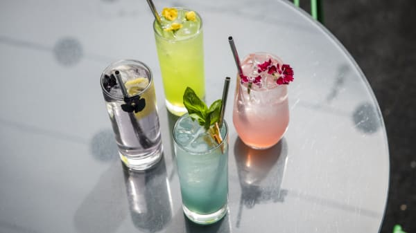 Drinks- Spritzers - Loop Roof, Melbourne (VIC)
