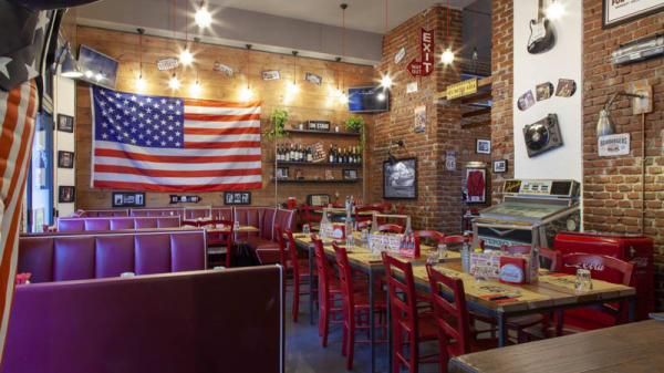 Vista sala - Route 66 American Diner, Milan