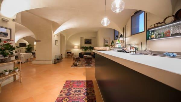 Ingresso ristorante - Les Caves, Sala Baganza