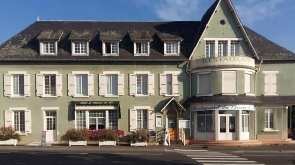 Façade - Restaurant du Chemin de Fer, Vivoin