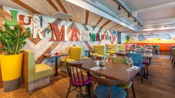 Restaurant - Bella Italia - Beckton, London