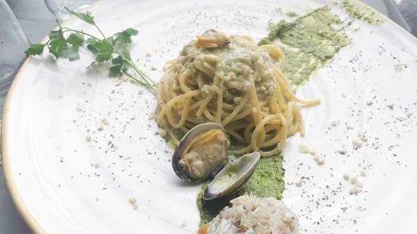 Specialità della casa - Kruddogo Officine del Pesce, Ciampino