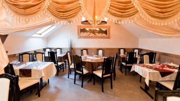 Salle principale - La Table Servie, Corbeil-Essonnes