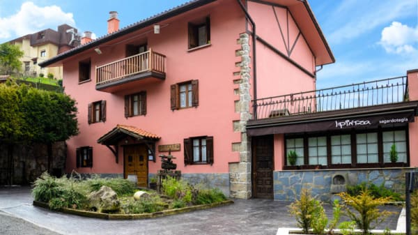 Vista entrada - Ipintza Sagardotegia, Astigarraga