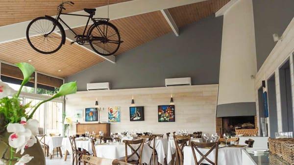 Salle du restaurant - La Bicyclette Jaune, Lacanau