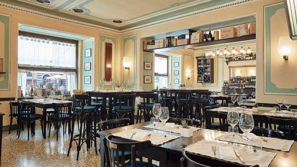 Veduta dell interno - Caffè Dante Bistrot, Verona