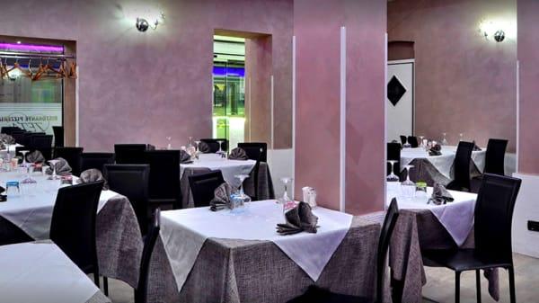 La sala - Zeta, Torino