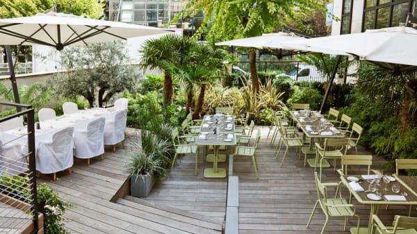 Terrasse vue d'ensemble - La Table du Huit - La Maison Champs-Elysées, Paris