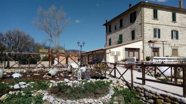 Esterno - Ristorante Pizzeria PIC NIC, Assisi