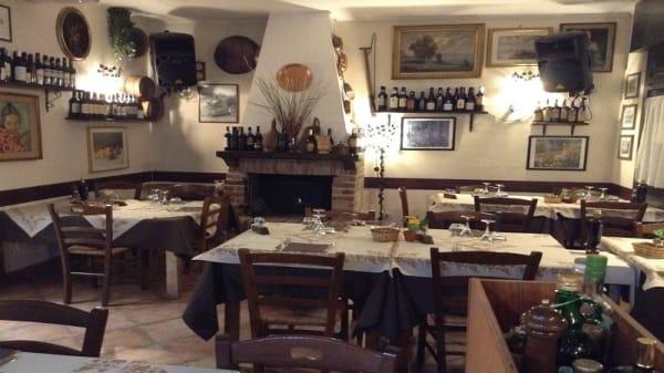 Vista sala - La Ghislera, Bologna