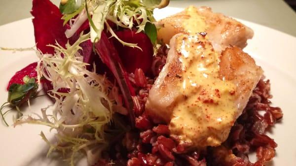 Merluza negra y arroz salvaje - Les Amis - Cena a puertas cerradas, Victoria