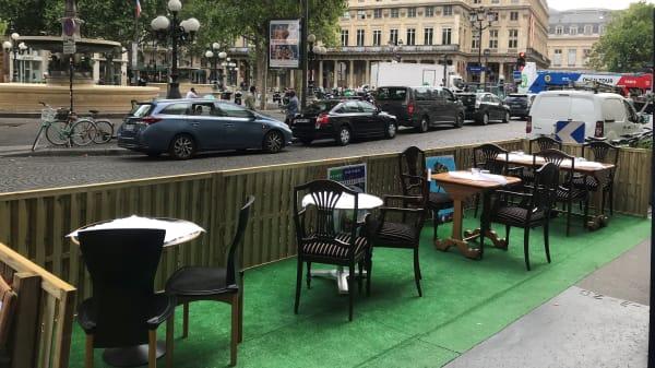 Terrasse - Vin et Marée Saint-Honoré, Paris