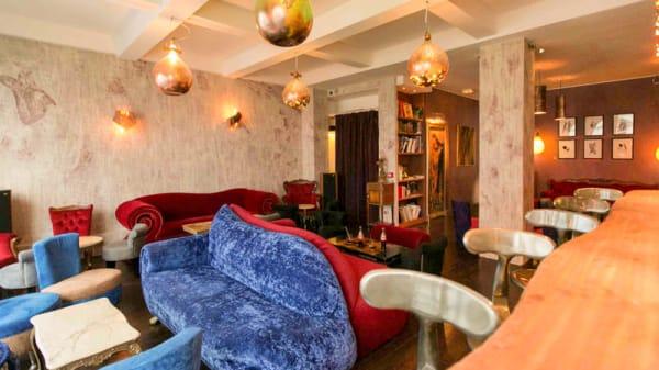 Le Boudoir / 1er étage - vu du bar - Le 153, Paris