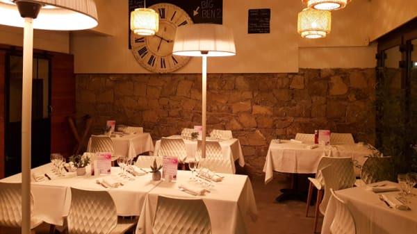 Salle du restaurant - M5, Toulon