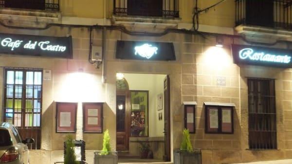 Cafe del teatro - El Cafe del Teatro, Trujillo