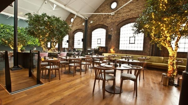 Restaurant Ours, London