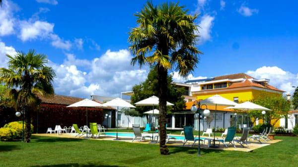 Fachada - Casa Fundevila, Vila Verde