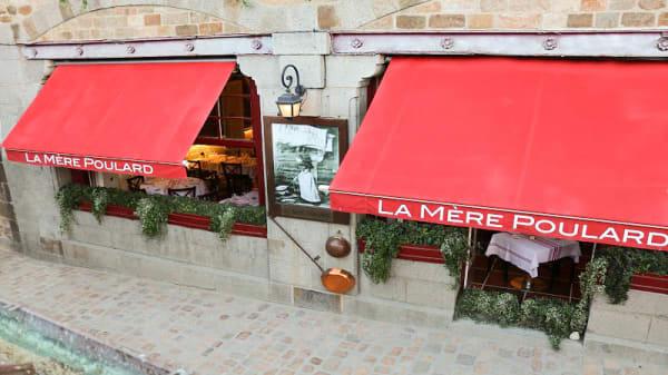 Entrée - La Mère Poulard, Le Mont-Saint-Michel