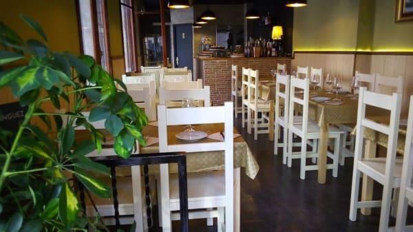 Vista del interior - Restaurante Carusso Mediterráneo, Torrevieja