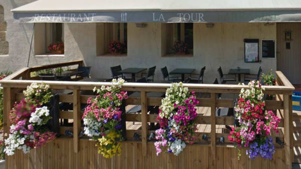 Terrasse - La Tour Sarrasine, Poilhes