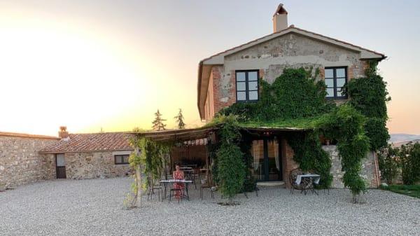 Patio ristorante - Taverna di Mozart, Bagno Vignoni