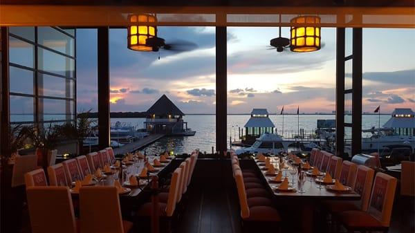 Vista sala - Puerto Madero (Cancun), Cancún