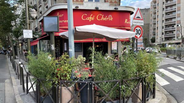 Café Chérie, Boulogne-Billancourt