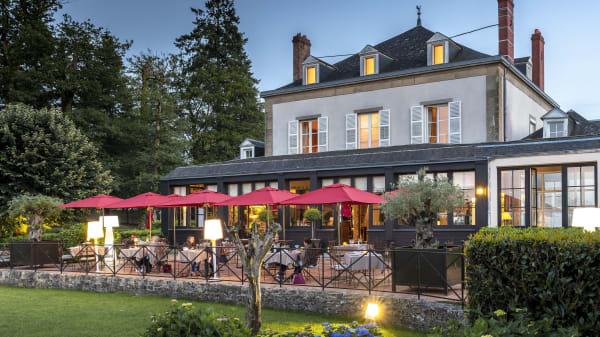 Terrasse du restaurant - La Chapelle Saint Martin - Nieul, Nieul