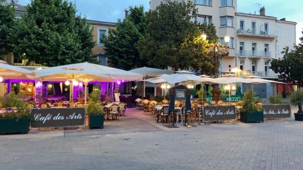 Terrasse - Le Café des Arts, Aubagne