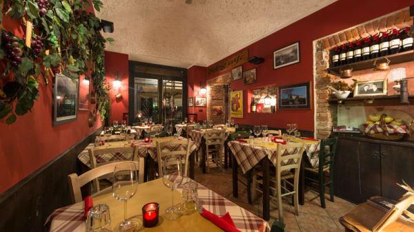 Sala interna - Osteria Al Tagliere, Torino
