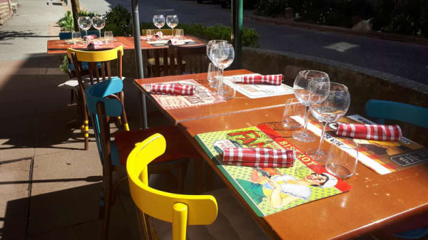 Terrasse - Les P'tites Canailles, Rumilly